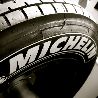 Michelin producirá caucho natural